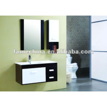 Conjunto de móveis de banheiro moderno