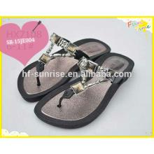 Qualitäts-Diament-Hefterzufuhr-Schuh-Entwurf, Pvc-Luft-Schlag-Hefterzufuhr, PVC-flache Schuhe,