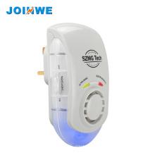 Repelente ultrasónico del parásito con la luz de la noche, reflector de la plaga del Mutifunctional de la luz azul Enchufe