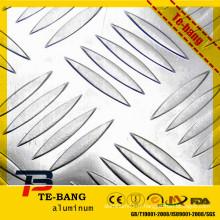 Plaque en tôle d'aluminium gaufrée à cinq barres pour plancher de bateau