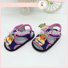 Прекрасная модель животного Детские сандалии Обувь с цепочкой