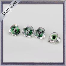 Excellent verre vert et pierre gemme de zircone cubique de couleur mélangée blanche