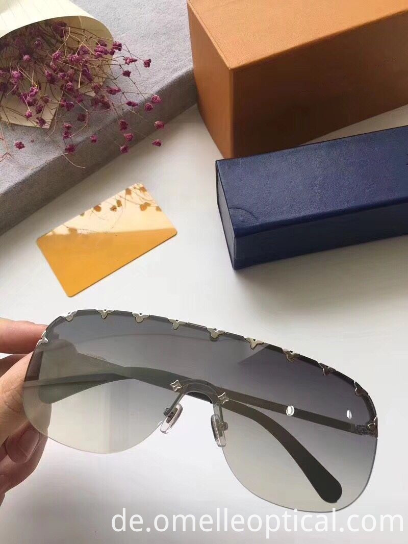 Fashion Sunglasses Oversized