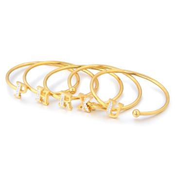 Ordem pequena moda em aço inoxidável manguito para mulheres menina de cristal de ouro carta pulseira