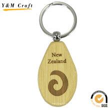 Cadeau promotionnel diverses formes gravées en bois laser Keychain