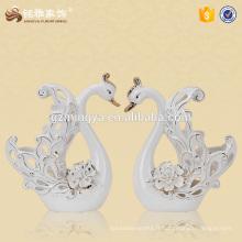 Prix d'usine décoration intérieure décoration de cygne en céramique personnalisée statue de cygne de luxe
