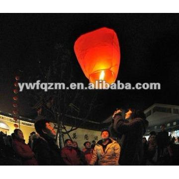 chinesische Werbe- und traditionelle keine Flamme Himmel Laternen mit feuerhemmenden und feuerfesten Papier