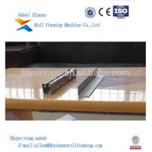 Hebei Xinnuo Kühlraum Paneel Roll Formmaschine