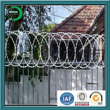 Clôture en maille de fer barbelé ISO 9001