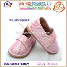 Новый дизайн горячей продажи toddler squeaky обувь для девочек