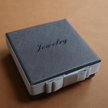 Boîte de papier de bijoux de luxe personnalisé de haute qualité pour emballage de bracelets et bracelets