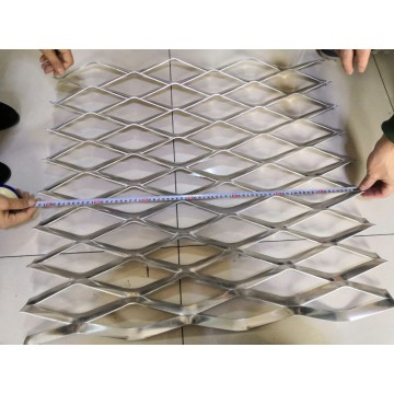 1115kgm2 Weight Expanded Aluminum Metal Wire Mesh