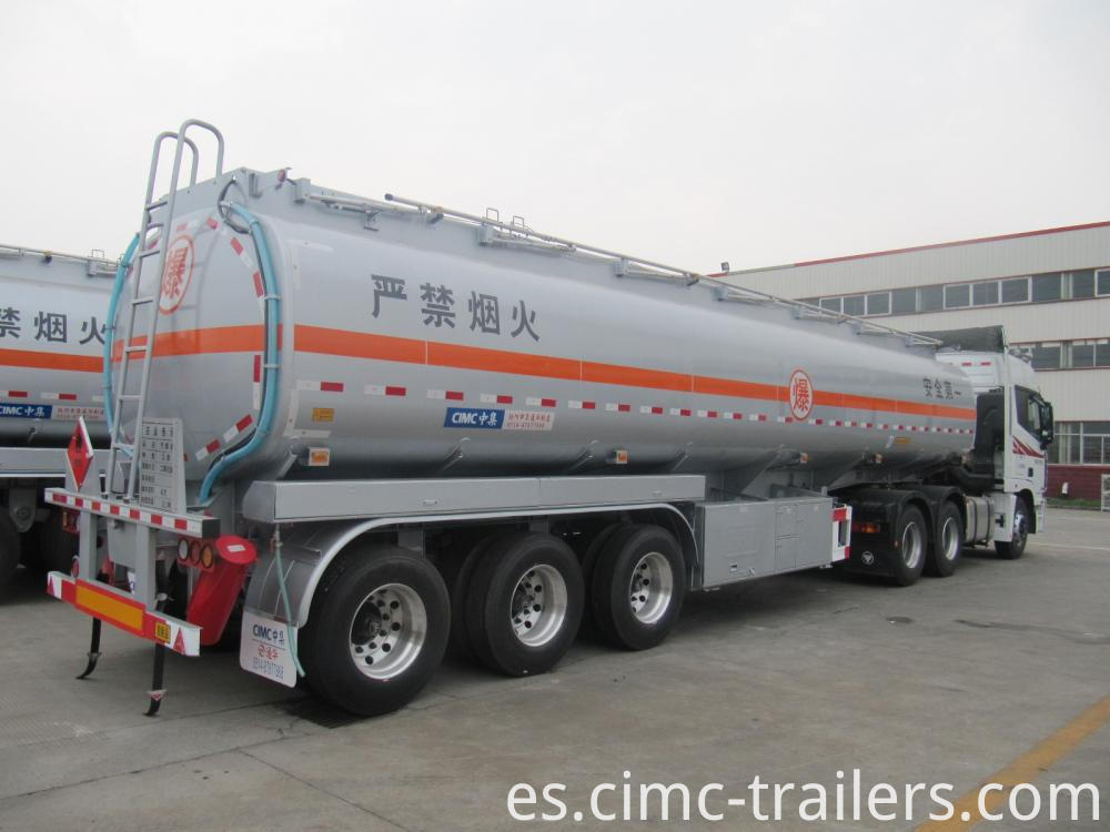 Rr2 42cbm Tri Axle Carbon Steel Fuel Tank Semi Trailer