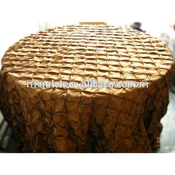 cheap wedding tablecloths, taffeta pinwheel pinched table cloth for weddings