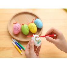 Farbiges Plastikspielzeug-Hühnerei scherzt Zeichnungsspielzeugeier