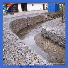 Caixa de gabião revestida de zinco para proteção de rio