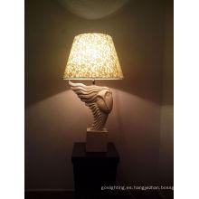 Iluminación de mesa blanca fresca con sombra de tela (TL 1562 / WT)