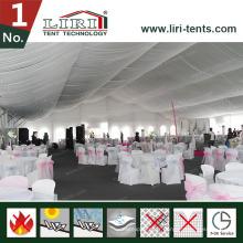 Tentes et chaises de restauration pour fêtes, cahiers et tables pour la restauration