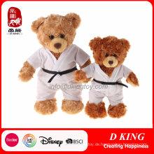 ein paar Taekwondo Uniform gefüllte Teddybär Spielzeug