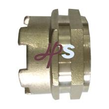 Instalación de tubería de cobre amarillo de la forja caliente para el acoplamiento de PPR