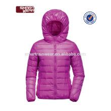 Las mujeres al por mayor cubren la chaqueta del tamaño extra grande del invierno para la señora