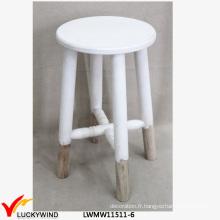 Tabouret à roulettes en bois chic blanc doux