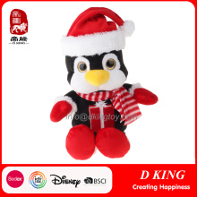 Presentes de ornamentos de pelúcia com decoração de pingüins de natal