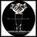 haute qualité K9 blanc poignée de main cristal prix crystal trohpy