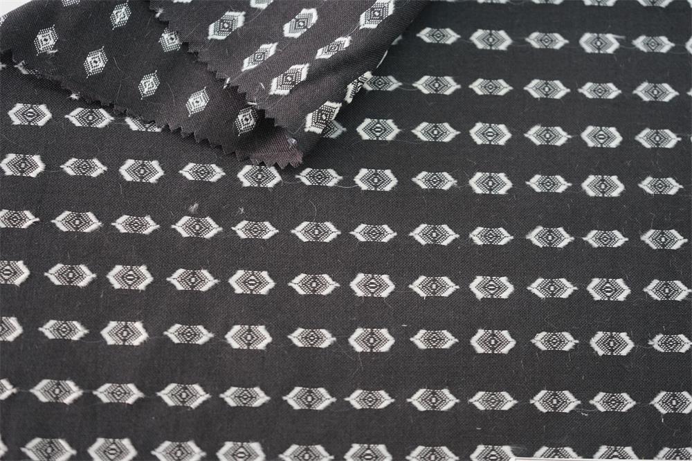 Yarn Dyed Clip Jacquard Fabric