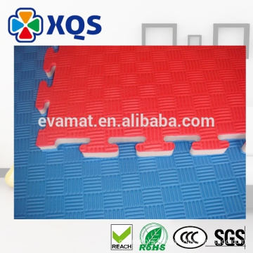 Thermal insulation EVA puzzle mat with texture