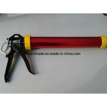 Pistolet à calfeutrer avec poignée