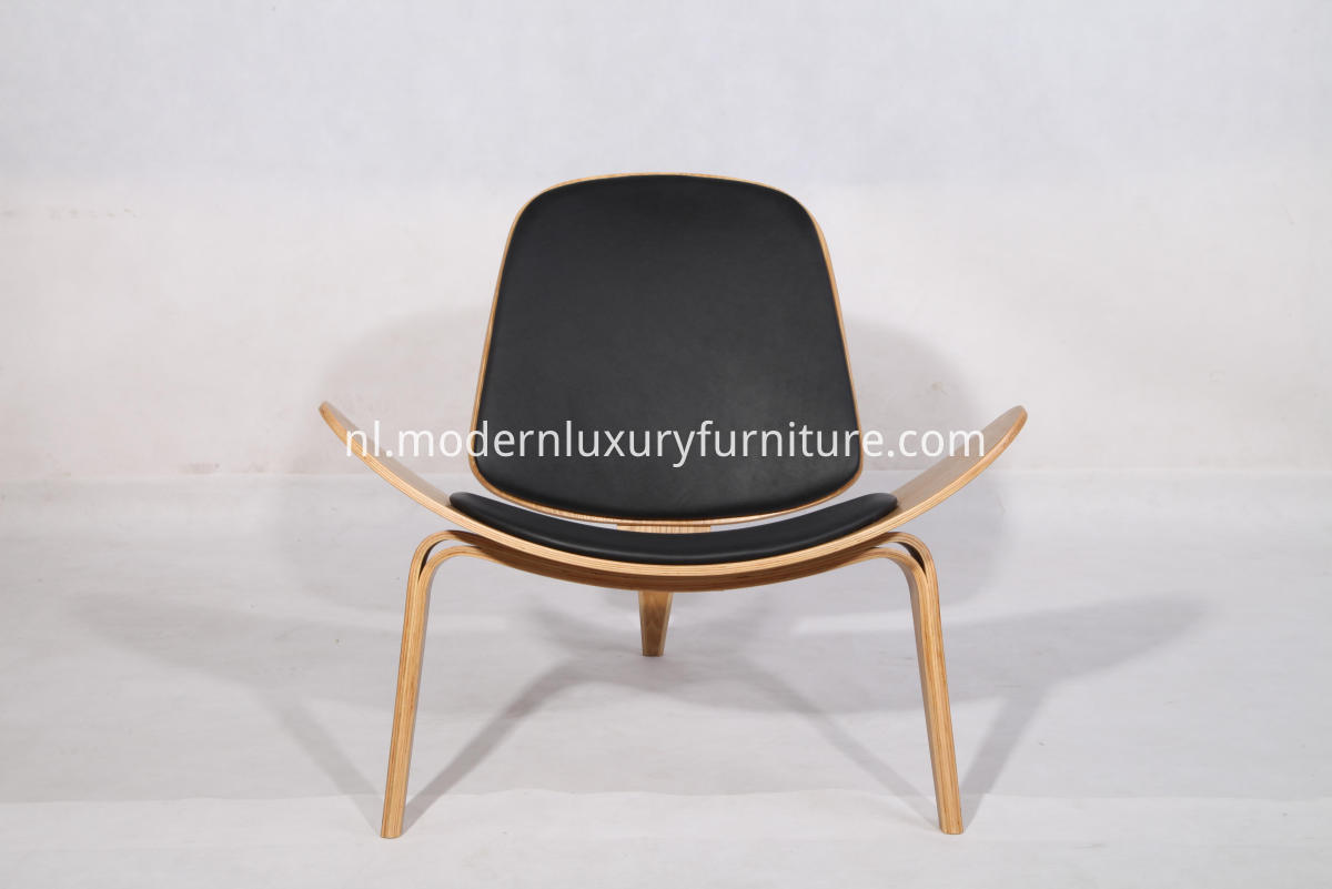 CH07 shell chair replica
