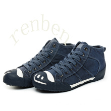 Hot New Classic Men′s Canvas Shoes
