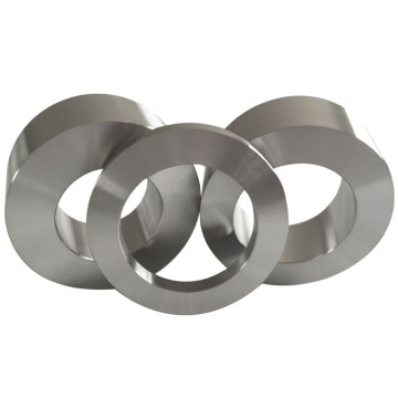 Anillo forjado de aleación de titanio