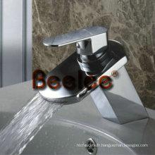 Robinet de lavabo à levier unique à levier