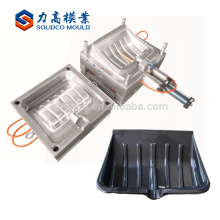 China suppier Taizhou huangyan plastic injection snow shovel mold handle mold