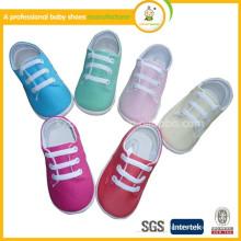 La inyección caliente de la alta calidad de la venta 2015 embroma los zapatos ocasionales del bebé cómodo de los zapatos