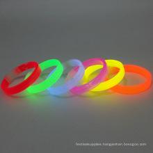 glow bracelet /glow wristband