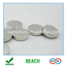 round permanent laboratory magnets