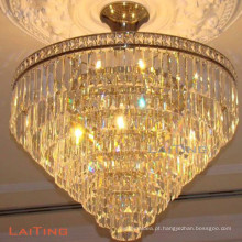 Os candelabros tradicionais bronze antigo conduziram a luz de teto redonda
