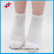 Plain White Elite Basketball Großhandel Custom Dri Fit Socken