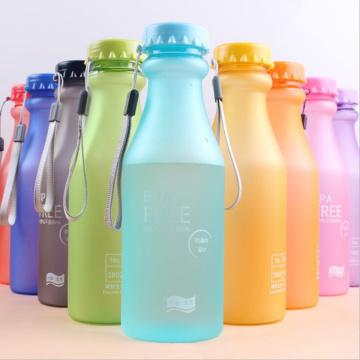 550ml Frosting insignia personalizada botella de agua de plástico (SLSB01)