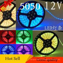 Luz de tira flexível à prova de água de 12V SMD5050 (60 LED / m)