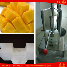 Pegadora manual de abacaxi manual Corer Slicer Peeling Cortando Coring Machine