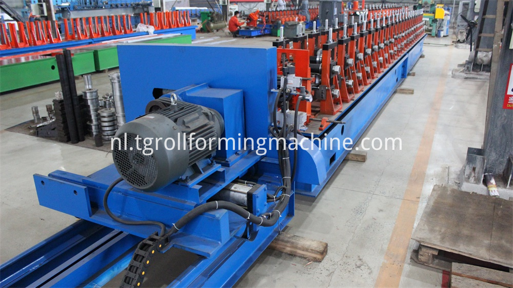 41*41 C Purlin Machine