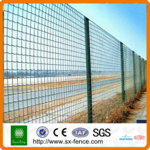 Soft coated holland iron wire fence
