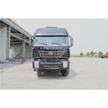 Chinesische Fabrik Iveco Chassis Tanker Truck für Pulver Material Transport