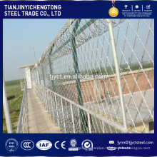 Hot dipped 2x2 galvanized Steel welded wire mesh
