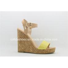 Mode-Komfort-hohe Keil-Fersen-Frauen-Sandelholz