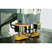 Machine multi-hydraulique en ferronnerie Machine combinée de poinçonnage, de coupe, de cisaillement et de découpage